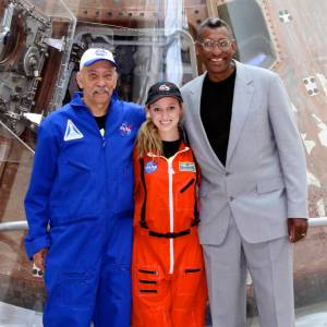 The Occupy Mars Team and the Traveling Space Museum are bringing scientists in contact with students.